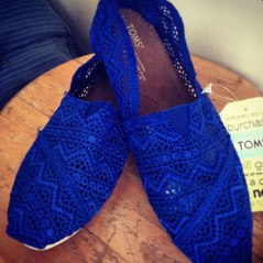 bright blue toms – yes!