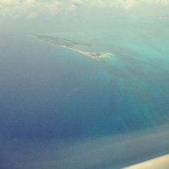 isla mujeres in the distance